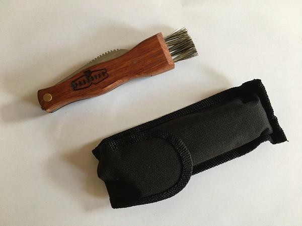Nůž na houby zavírací se štětečkem, dřev. rukojeť + pouzdro